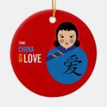 De China con el chica del recuerdo de la adopción Adorno Redondo De Cerámica