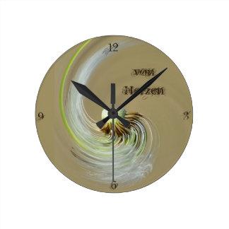 """""""de corazones"""" by mysteryella reloj redondo mediano"""