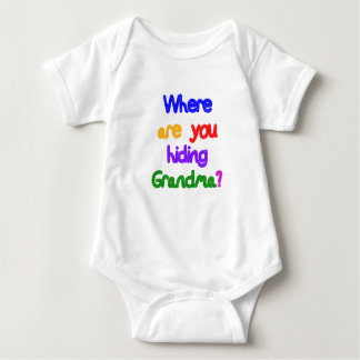 ¿De dónde usted está ocultando a la abuela? Abuela Remeras