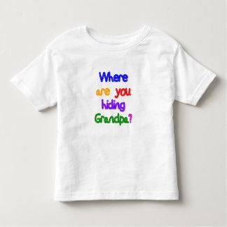 ¿De dónde usted está ocultando al abuelo? Abuelo Playera De Niño