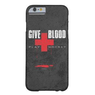 Dé el hockey del juego de la sangre funda para iPhone 6 barely there