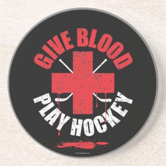 Dé el hockey v1 del juego de la sangre posavasos diseño