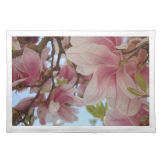 """""""de flores rosas de magnolio"""" by mysteryella manteles individuales"""