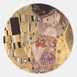 ~ de Gustavo Klimt el beso Pegatina Redonda