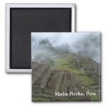 """De """"imán Machu Picchu brumoso"""""""