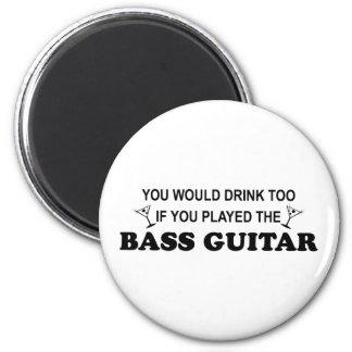 De la bebida guitarra baja también - imán para frigorífico