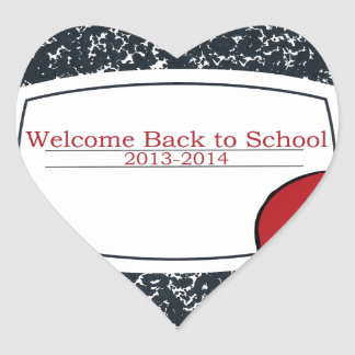 Dé la bienvenida de nuevo a la escuela 2013 pegatina en forma de corazón