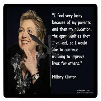 De la educación de Hillary Clinton reloj de la cit