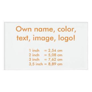 De la etiqueta blanco conocido uni - poseer color etiqueta con nombre