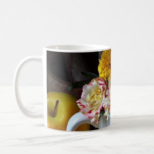 De la flor todavía de la taza taza de la vida