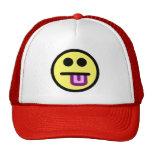 De la lengua cara sonriente amarilla hacia fuera gorro