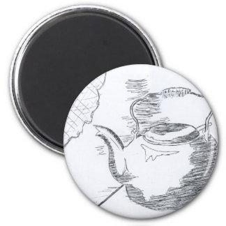 De la mano del dibujo todavía de la tetera engrana imán redondo 5 cm