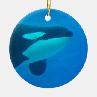 de la orca de la orca azul bajo el agua adorno de reyes