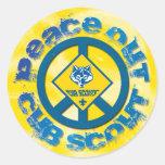 De la paz pegatina del Cub Scout hacia fuera