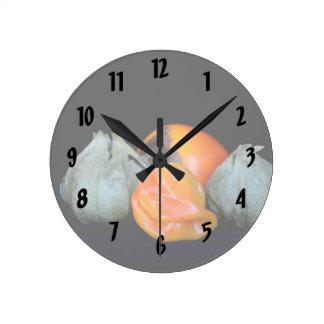 de la pimienta del tomatillo todavía del caqui reloj redondo mediano