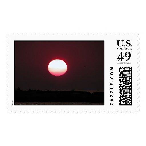 De la puesta del sol de los E.E.U.U. sello oscuro