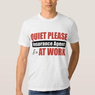 De la tranquilidad agente de seguro por favor en playera