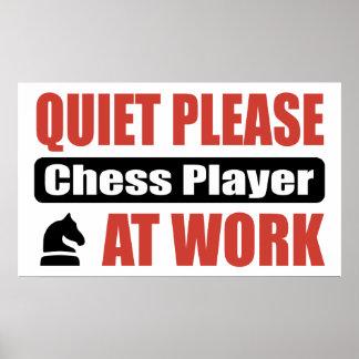 De la tranquilidad jugador de ajedrez por favor en poster
