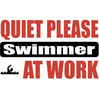De la tranquilidad nadador por favor en el trabajo esculturas fotográficas