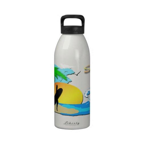 De las resacas botella de la libertad del chica 32 botallas de agua