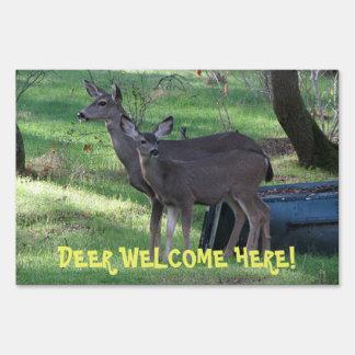 De los ciervos de la recepción muestra de la yarda señal