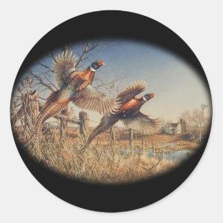 De los faisanes gran caza en alto - en la granja pegatina redonda