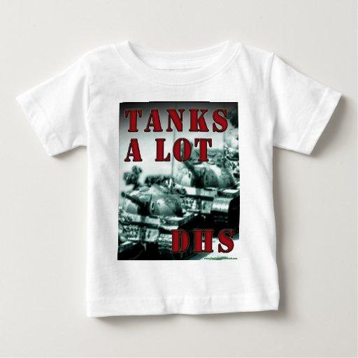 De los tanques ADO mucho Camiseta