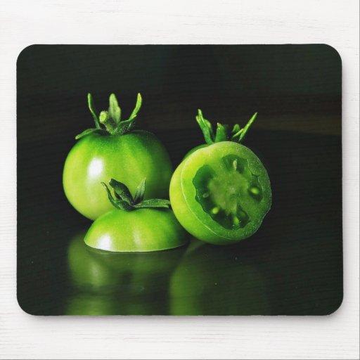 De los tomates verdes todavía de la imagen estudio tapete de ratón