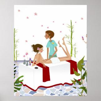 Dé masajes al terapeuta que da masajes a una mujer poster
