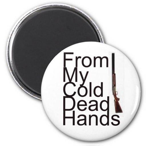 De mis manos muertas frías imanes de nevera