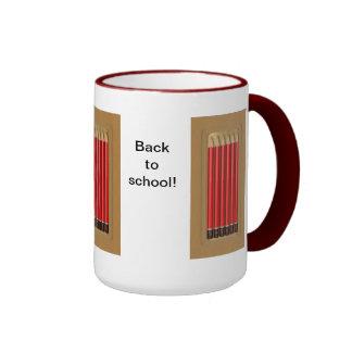 De nuevo a escuela taza de dos colores