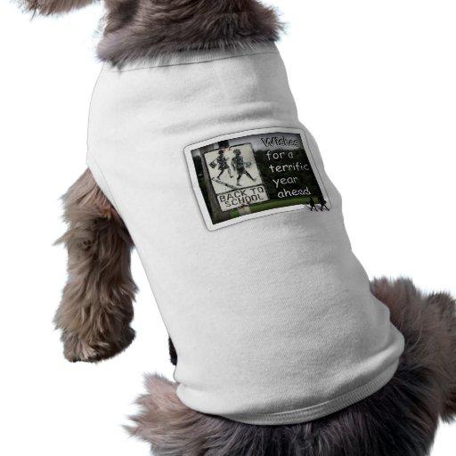 De nuevo a los deseos de la escuela por un gran añ camisetas de perro