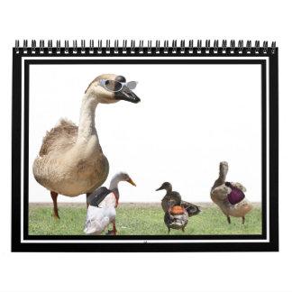 De nuevo a patos de la escuela con las mochilas calendarios de pared