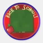De nuevo al tablero de tiza de la escuela - añada pegatinas redondas