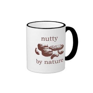De nuez por la naturaleza taza de café