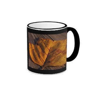 De oro taza de dos colores