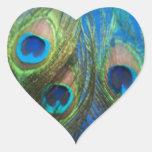 De pescados del ojo todavía del pavo real pegatina corazón