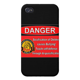 De Pussification University Official Product iPhone 4/4S Cases