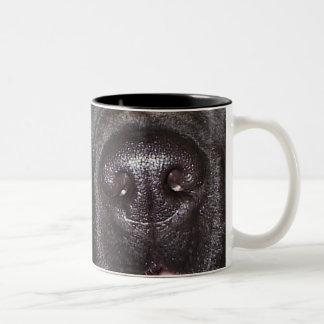 ¡De quién nariz donde ha estado esta taza!