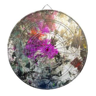 Dé rienda suelta al arte abstracto del estrago tablero de dardos