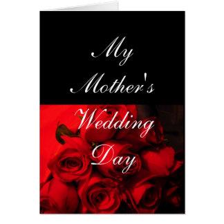 """De """"rosas carmesís del día del boda mi madre"""" - tarjeta de felicitación"""