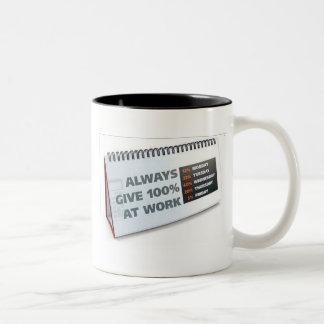 Dé siempre 100% en el trabajo taza de café
