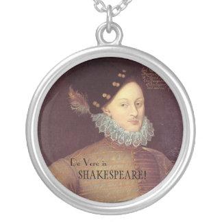 De Vere es collar de Shakespeare