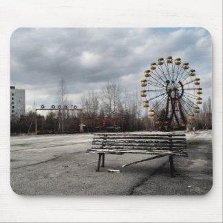 Dead Ferris Wheel Mouse Pad