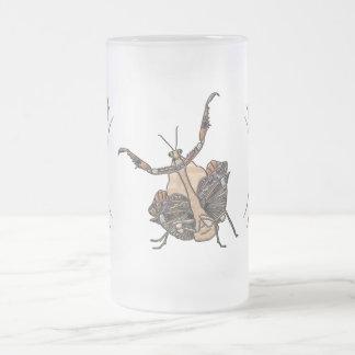 Dead Leaf Mantis Frosted Glass Beer Mug