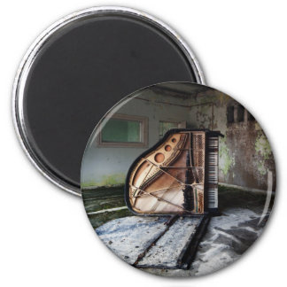 Dead Piano 2 Inch Round Magnet