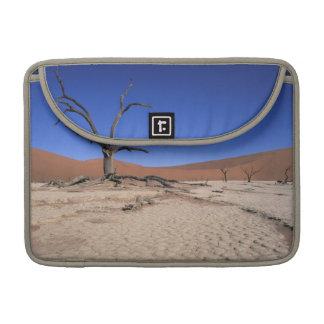 Dead Vlei, Sossusvlei, Namib-Naukluft National Sleeve For MacBook Pro