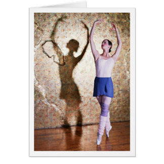 Deanna McBrearty - Gold Shadow en pointe crop Card