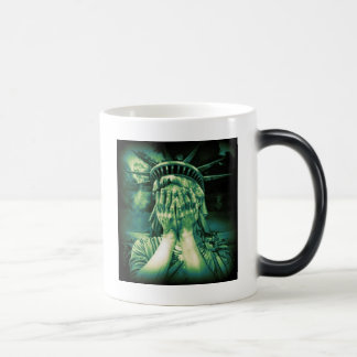 Death of Liberty Magic Mug
