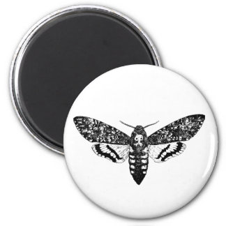 Death`s head hawkmoth magnet